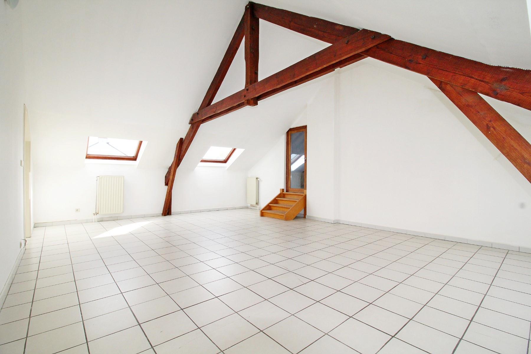 Immeuble à appartements - Aische-en-Refail - #3992575-2